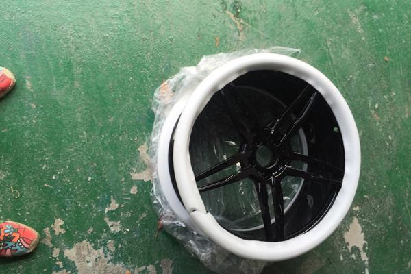轮胎02.jpg