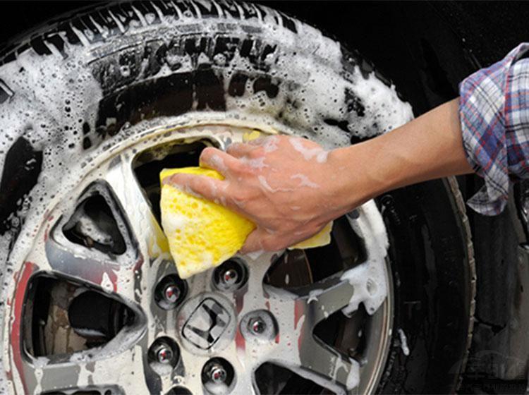 想自己动手洗车?这些常识必须的知道!