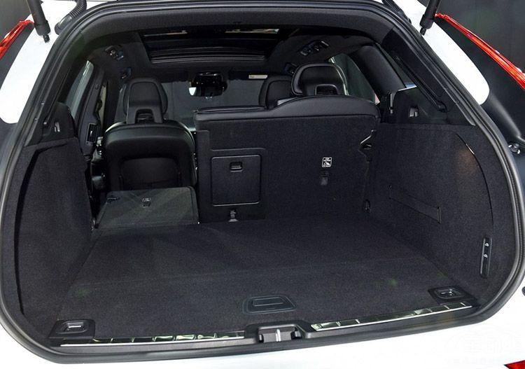 沃尔沃XC60换代升级优势不显 难突出重围