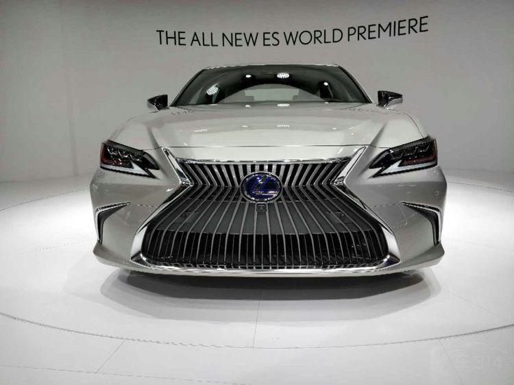 从不妥协的雷克萨斯ES 将提供V6版本!