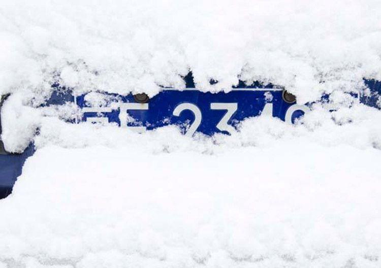 大雪席卷23省!清理车辆积雪四大注意事项
